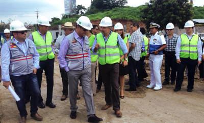 Presidente Rafael Correa visita la construcción del nuevo hospital del IESS en Guayaquil