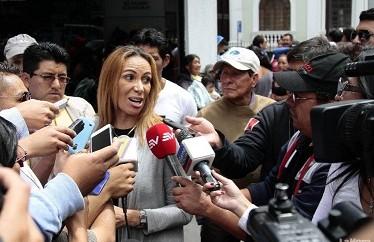 Lucia Vallecilla, Abogada de Luis Chiriboga