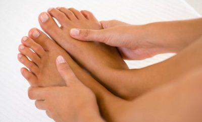 Mascarillas caseras para manos y pies