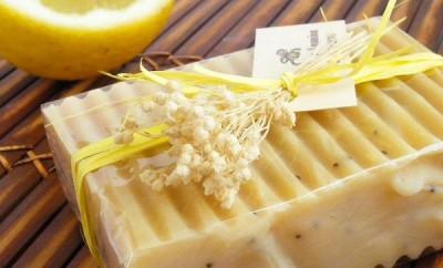 Jabón casero de limón
