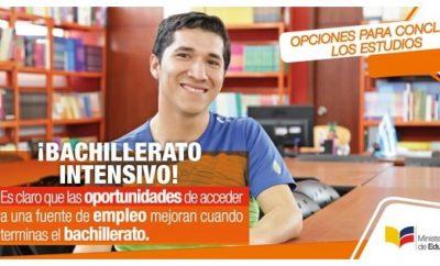 Colegios con Bachillerato Intensivo en Ecuador