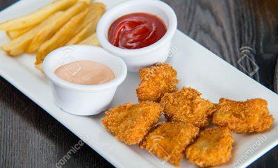 Receta Nuggets de pollo con salsa golf