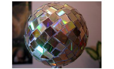 Bola espejada hecha con cd