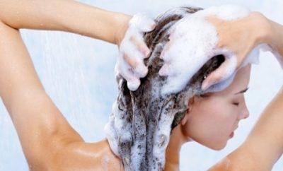 cada-cuanto-se-debe-lavar-el-cabello