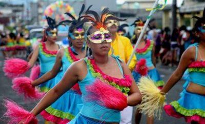 programa de carnaval santo domingo de los tsachilas 2017