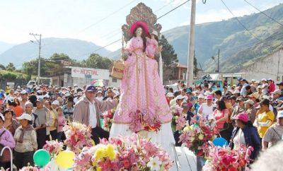 caminata-de-fe-a-banos-semana-santa-ecuador-2017