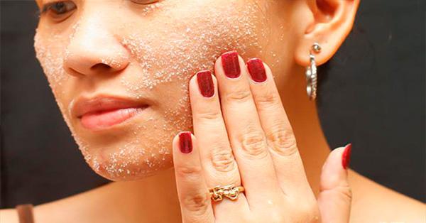 como exfoliar la piel con azucar, crema exfoliante