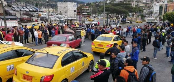 Paro de transportista, huelga en Ecuador, paro de taxistas, paralización de buses